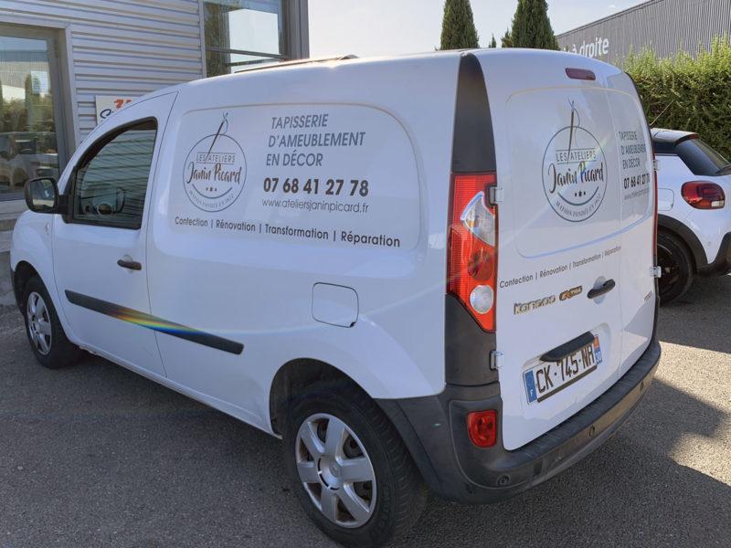 Imprimerie numérique Nîmes Marquage simple de véhicule